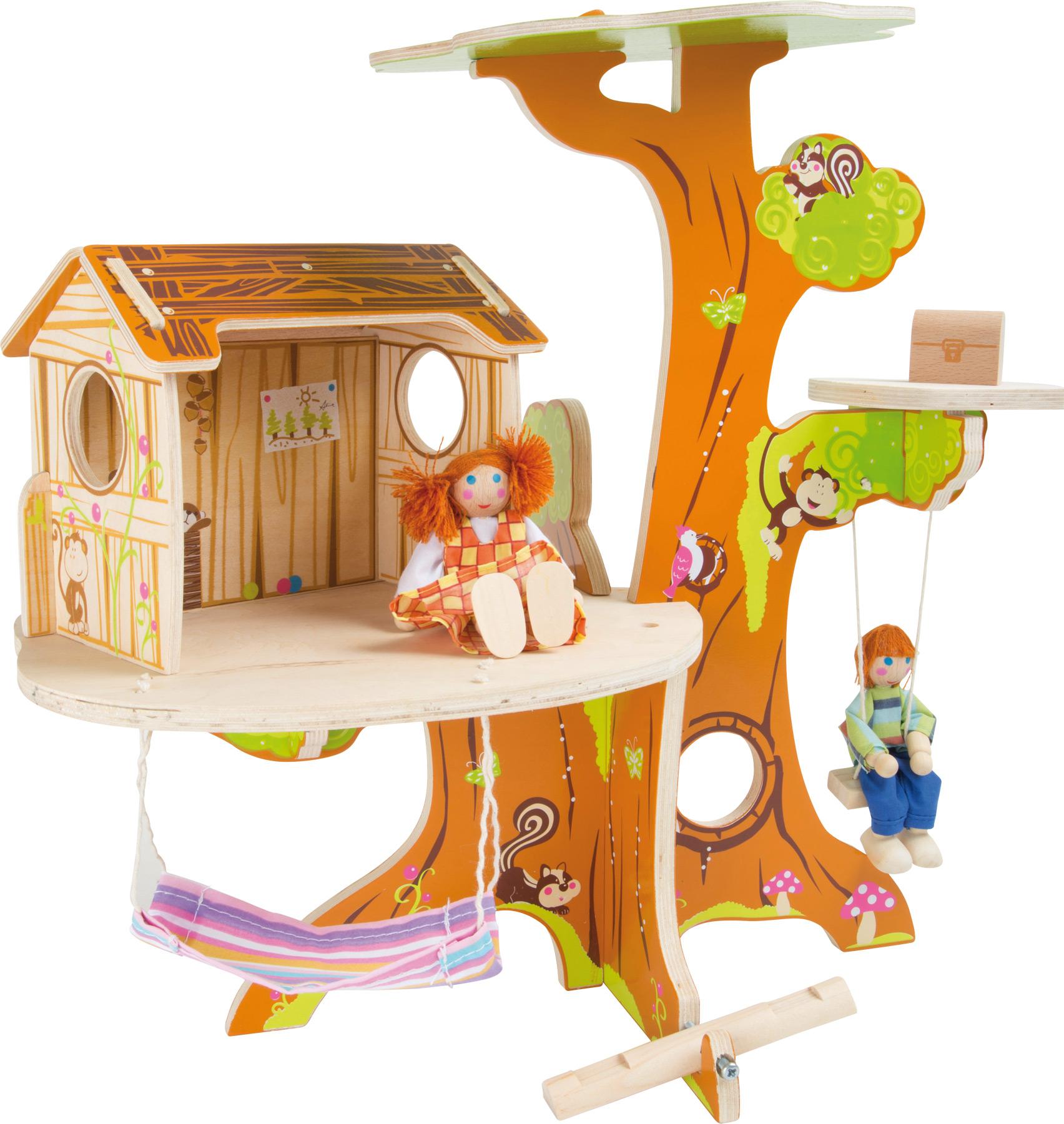 Cabane dans l´arbre avec poupées